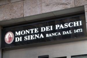 صنعت بانکداری بی ثبات و متزلزل است.