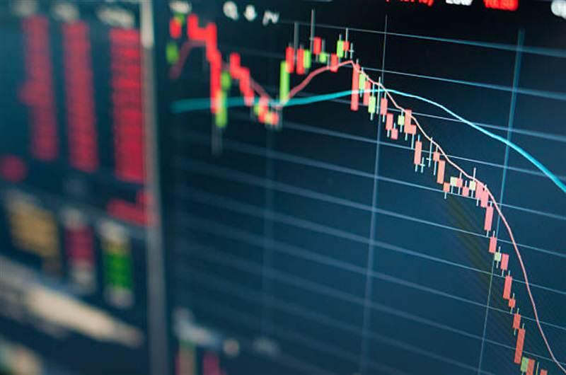 دلایل زیان ۱۶ میلیاردی و چشم انداز پیش روی بازار رمز ارز ها چیست؟