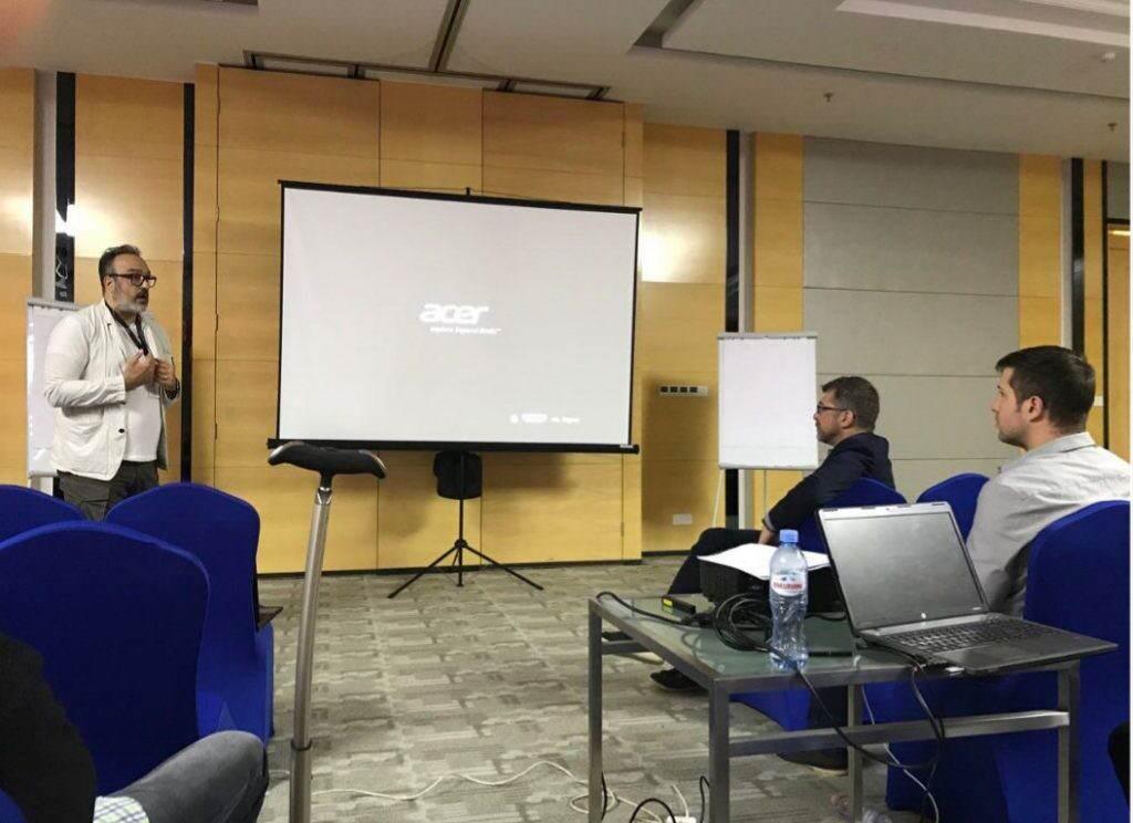 گفتگو با رامک صدیق در حاشیه اولین روز همایش ماینرها در گرجستان