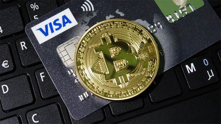 مدیر عامل Visa رمز ارز ها را تهدید بزرگی برای این شرکت نمی داند