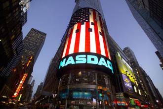 بیت کوین (BTC) و اتریوم (ETH) در لیست بورس سهام نزدک قرار گرفتند