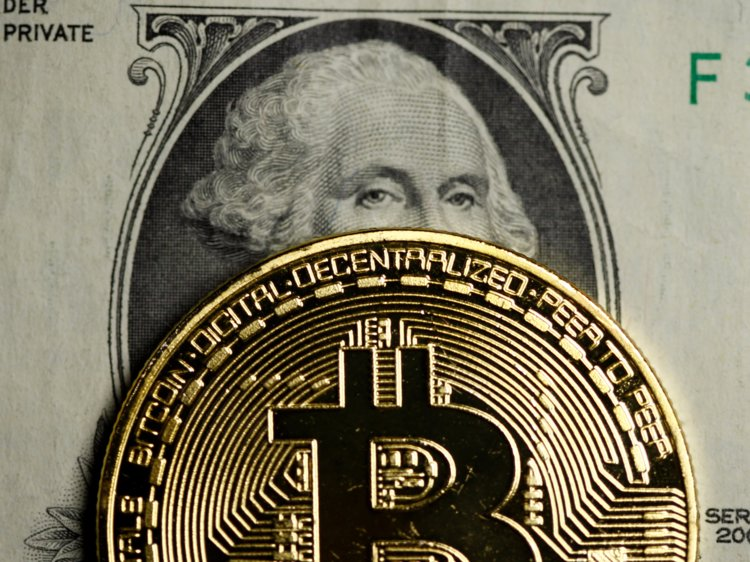 فراهم شدن امکان بازپرداخت مالیات بر درآمد آمریکایی ها با بیت کوین