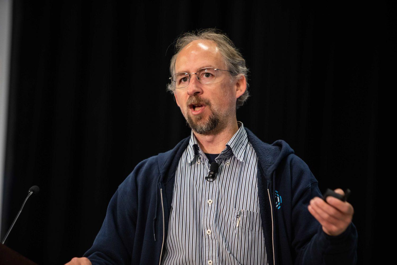 آدام بک: بیتکوین و رمزارزها نیازمند غیرمتمرکز سازی هستند!