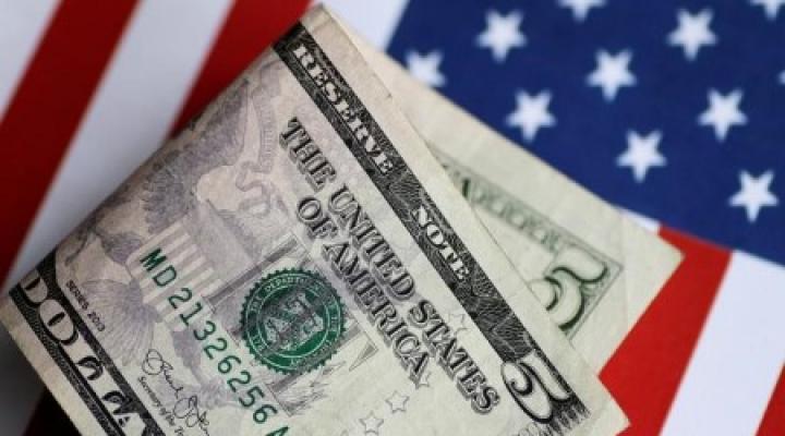جامعهی نخبهی ایالات متحده به رمز ارزها به عنوان تهدیدی برای موقعیت جهانی دلار نگاه میکنند