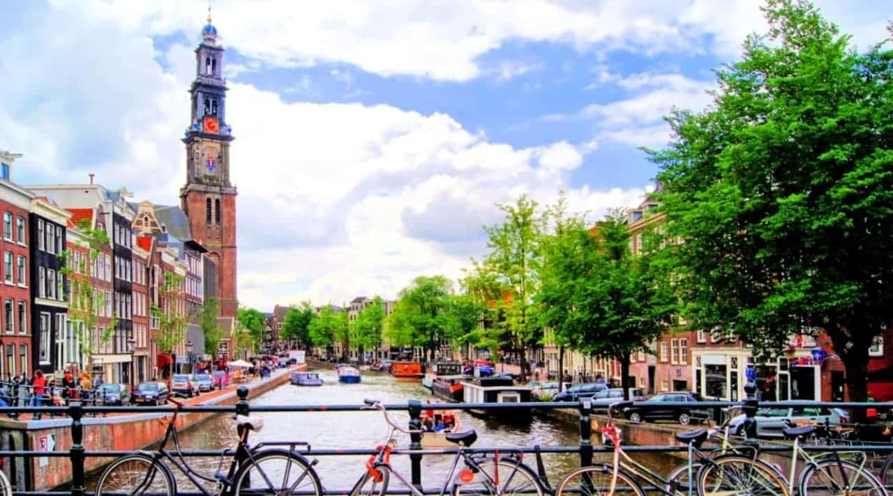 بانک مرکزی هلند: ثبت شرکتهای خدمات رمزارز برای اجرای 5AMLD